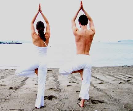 yoga-couple