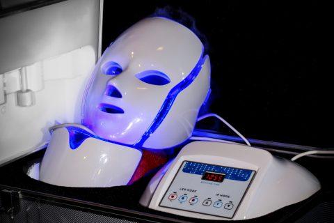 masque-luminotherapie-lumiere-bleue